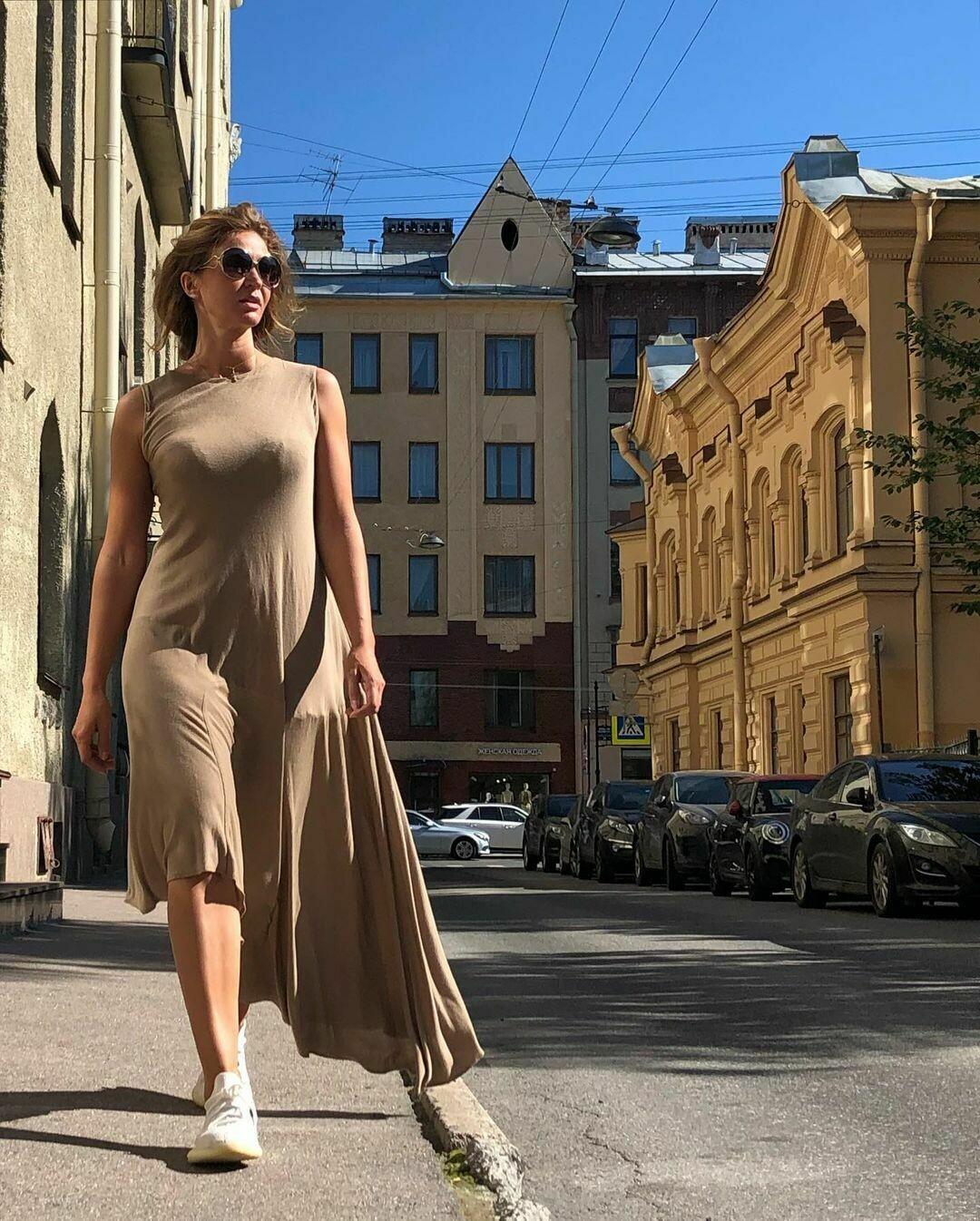 Трикотажное ассиметричное платье от Maison Margiela