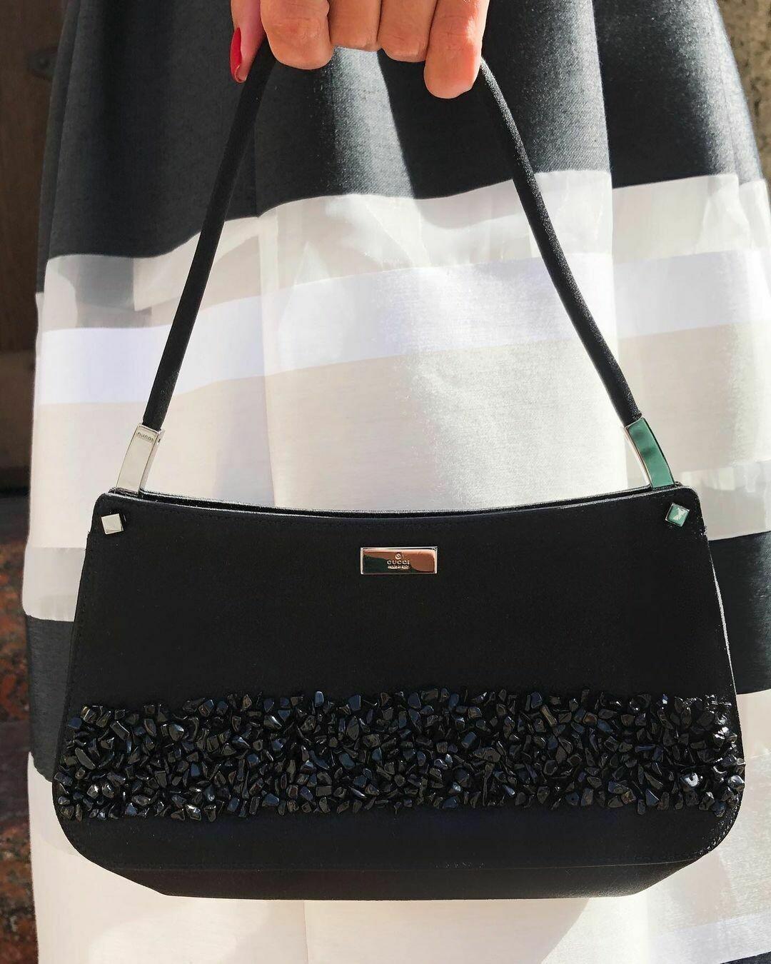 Шёлковая сумочка от Gucci