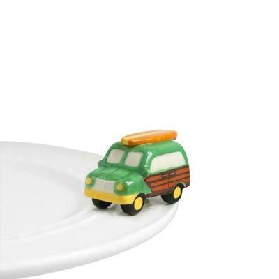 Mini's - Car w/ Surfboard