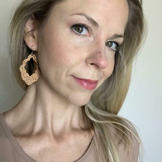 Scalloped Edge Leather Earrings - Rose