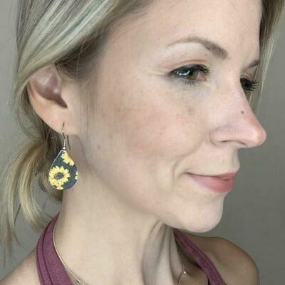Small Teardrop Earrings - Sunflower