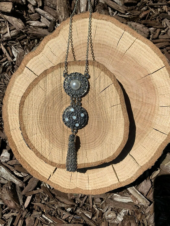 Tassel Necklace w/ Snap