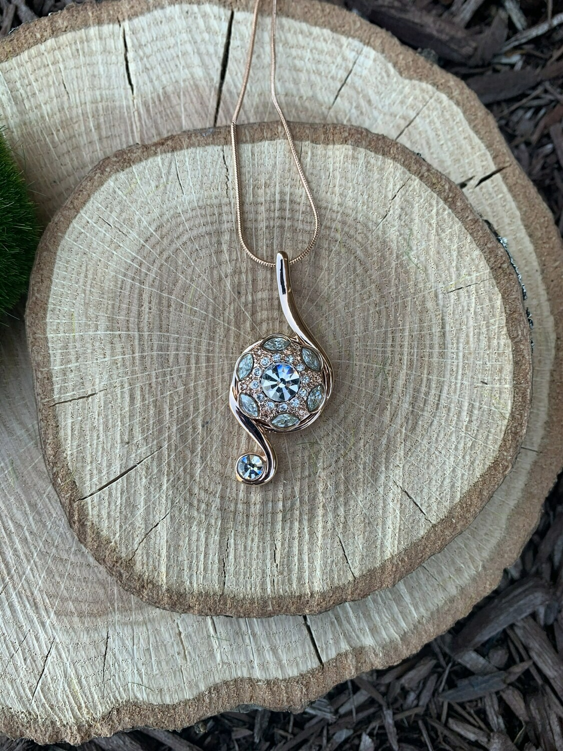 Rose Gold Clear Note Necklace w/ Snap
