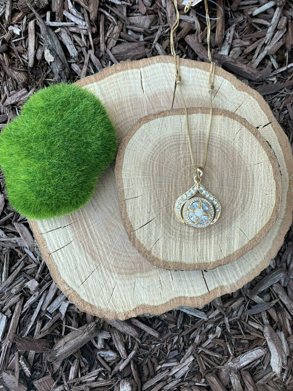 Spritz Adjustable Necklace-Gold w/Snap