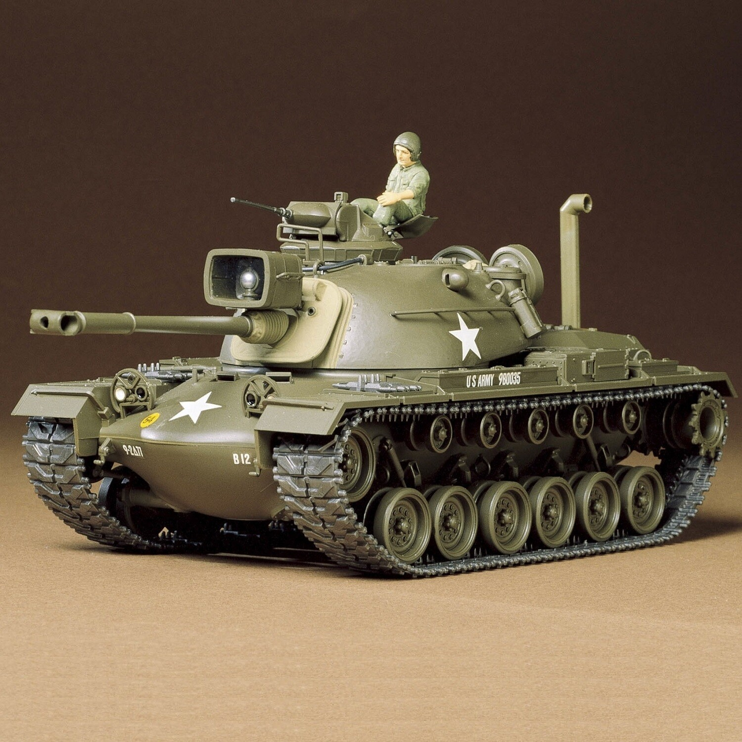 1/35 US M48A3 Patton Tank Plastic Model