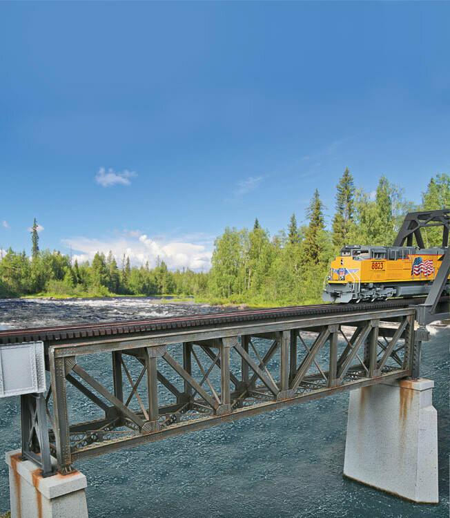 ho single-track pratt deck truss bridge