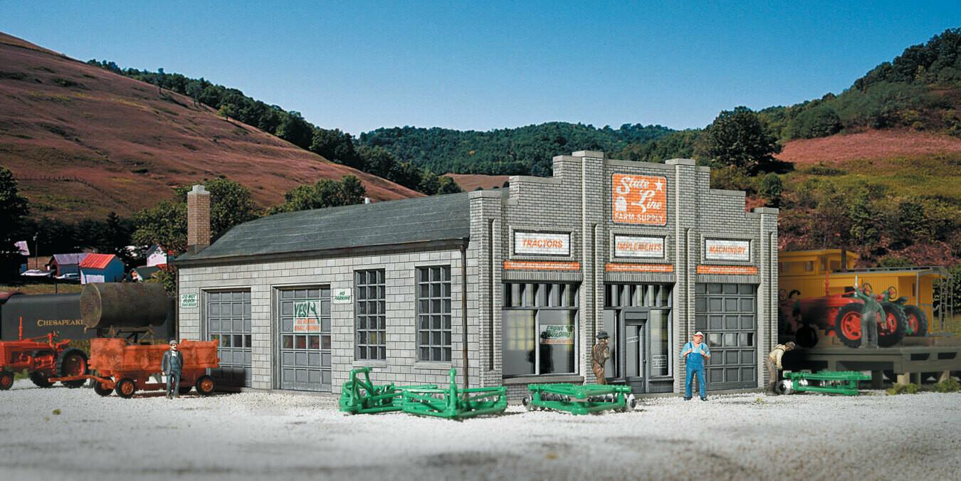 """State Line Farm Supply -- Kit - 7-1/4 x 5-3/8 x 3"""" 18.4 x 13.7 x 7.6cm"""