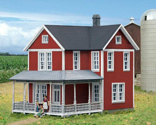 HO Cottage Grove Farm House
