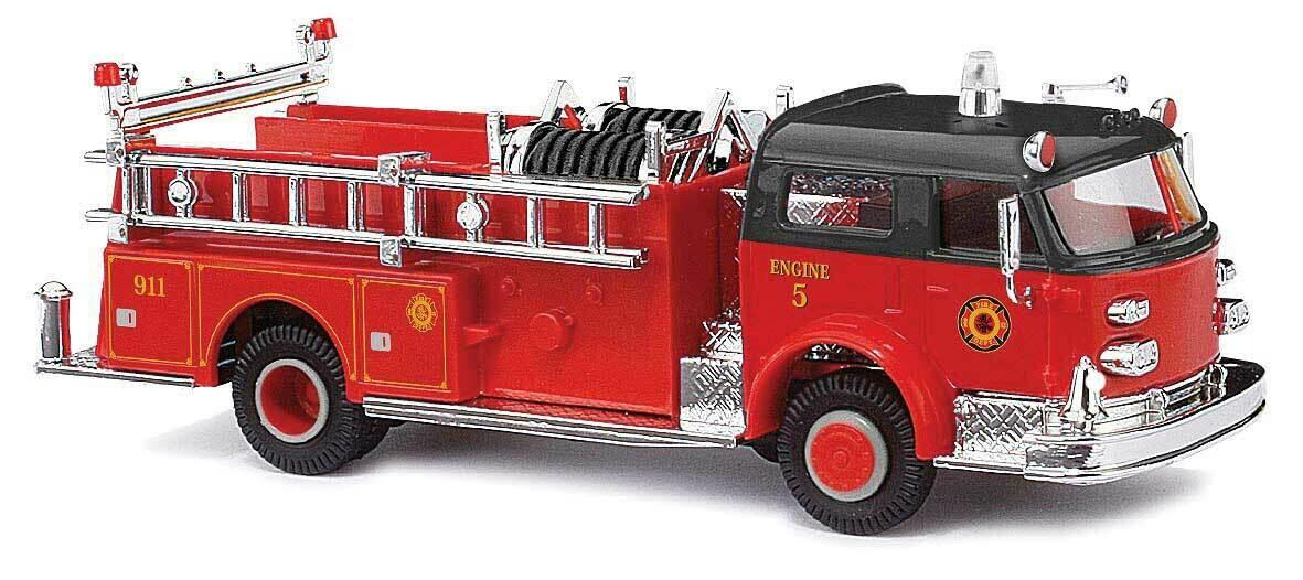 1968 American LaFrance Closed-Cab Pumper - Assembled -- Fire Department (red, black)