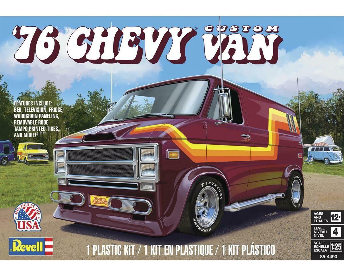 1/25 76 Chevy Custom Van