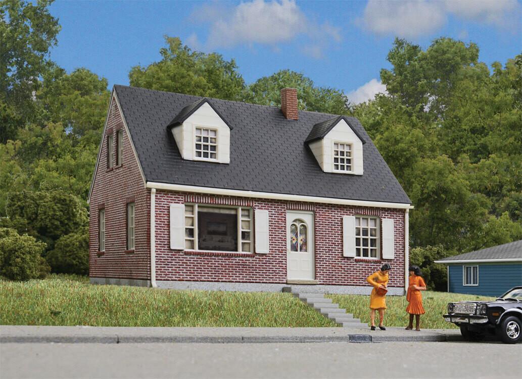 HO Cape Cod House Brick Kit