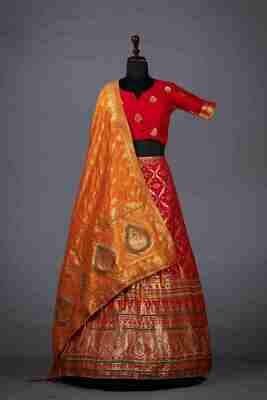 Heavy Jacquard Bridal Wear Lehenga In Red