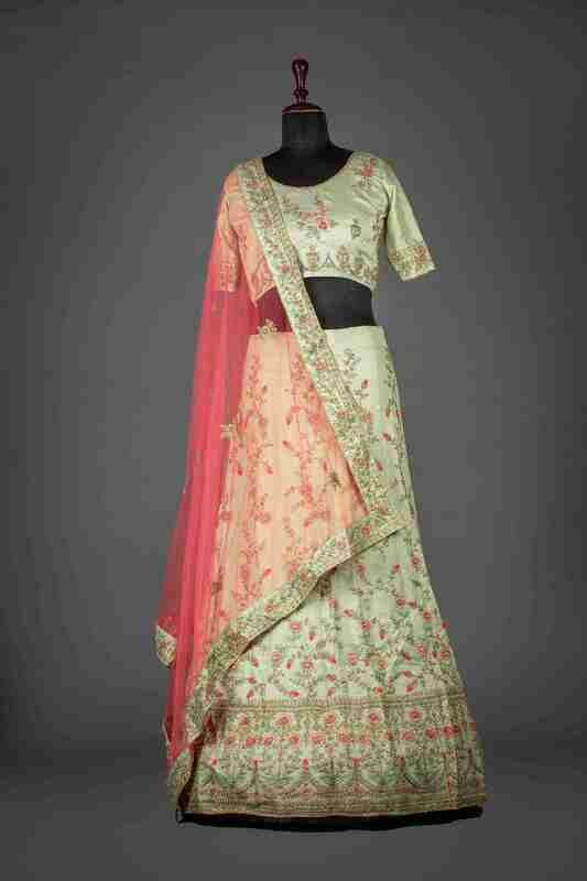 Off White Heavy Thread Work Lehenga In Raw Silk