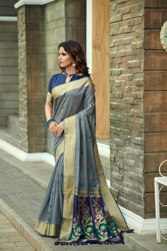 Grey Jacquard Print Silk Saree