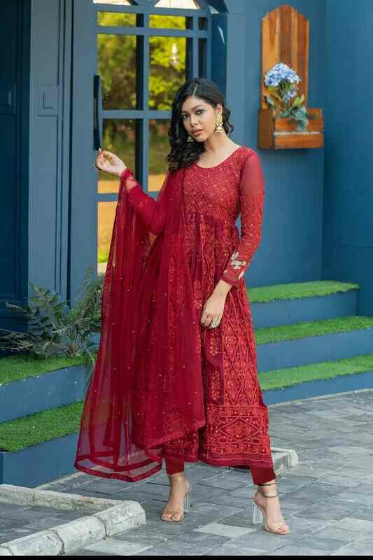 Graceful Diamond & Embroidery Work Maroon Color Party Wear Salwar Suit
