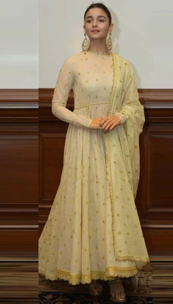 Alia Golden Gown (Semi-Stitch)