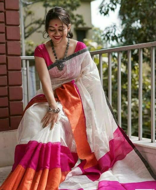 Beautiful Malmal Linen Cotton Digitel Printed Linen Casual Saree