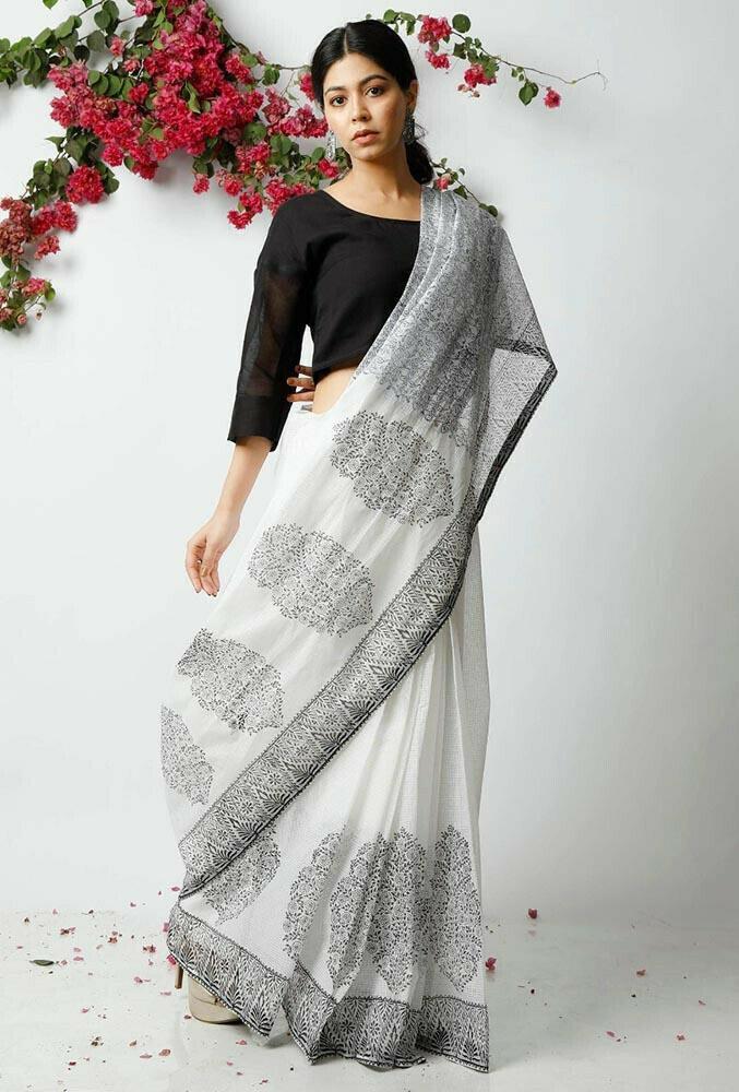 Beautiful Malmal Linen Cotton Digitel Printed Linen Casual Saree (White & black)