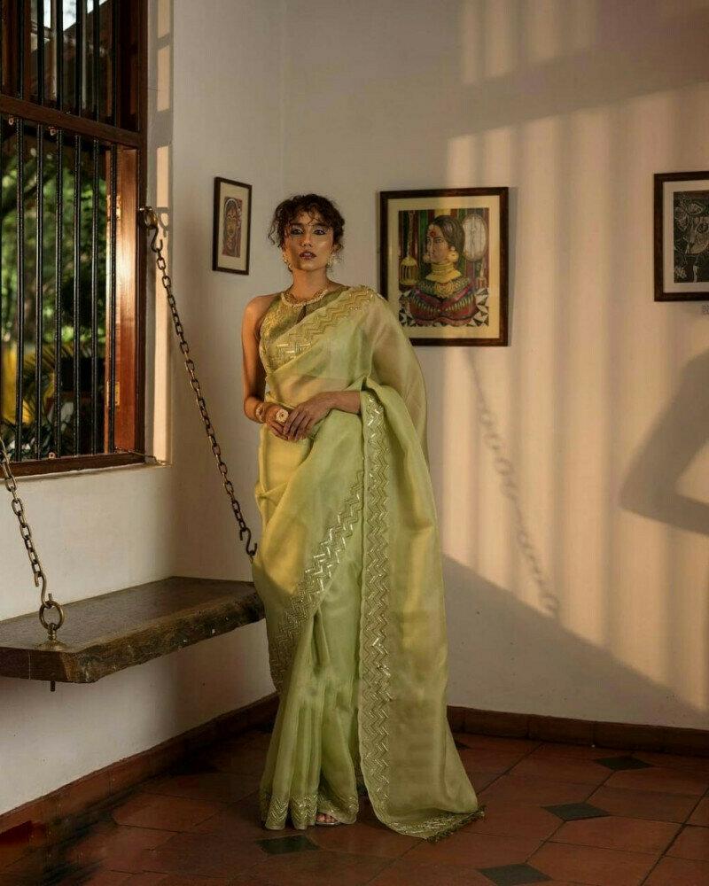 Blissful Grey Colored Designer Organza Saree