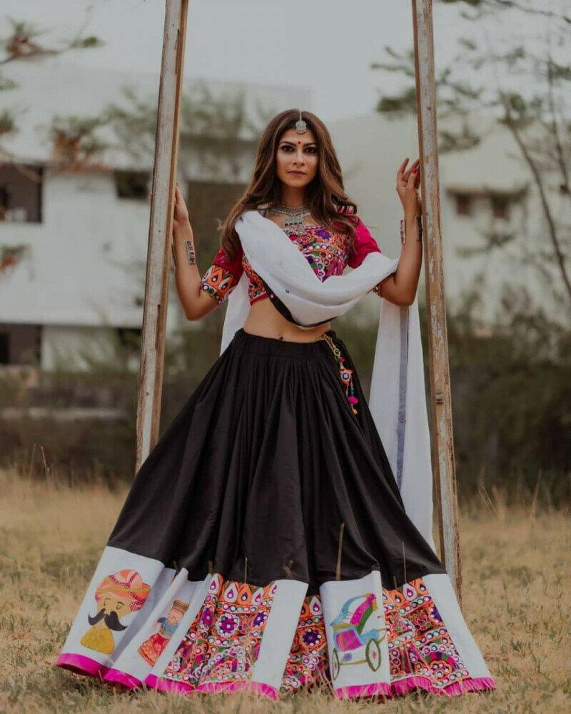 Graceful Red And Black Color Navaratri Special Lahenga Choli