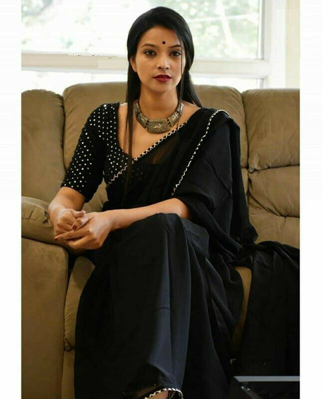 Ideal Black Colour plain With Traditional Lace Fancy Saree