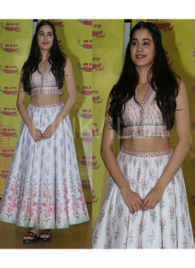 Jhanvi Kapoor White Silk Digital Printed Lehenga Choli With Mono Net Dupatta