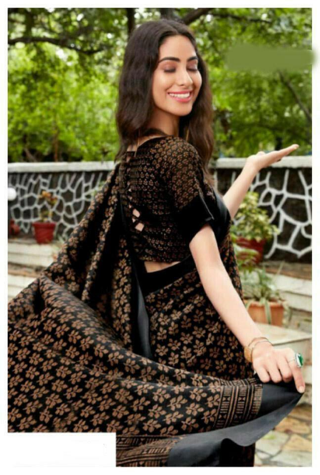 Mesmerising Black Colored Festive Wear Digital Printed Silk Saree
