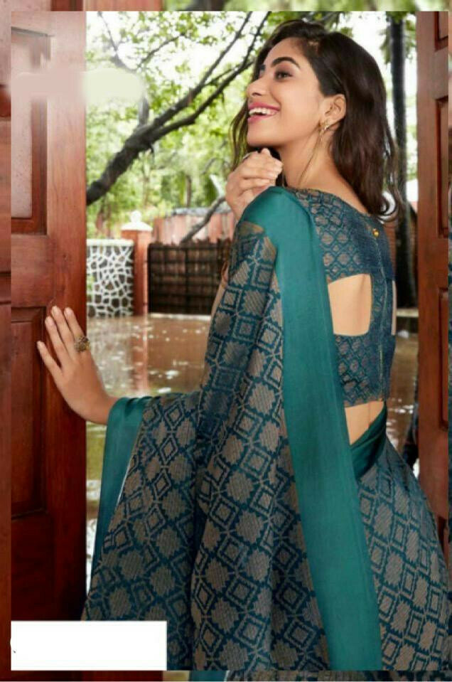 Mesmerising Sky Blue Colored Festive Wear Digital Printed Silk Saree