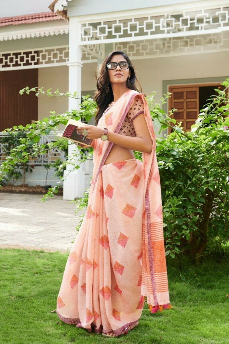 Peach Colored Fashionable Party Wear Latest Linen Printed Saree For Ladies