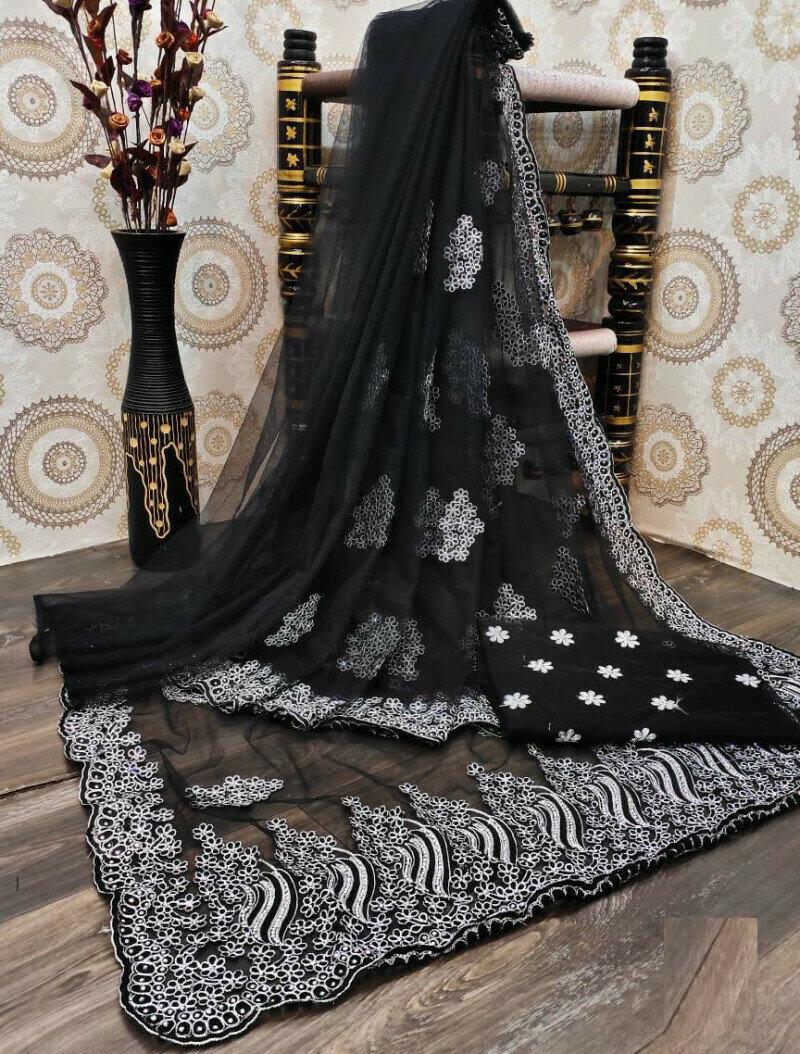 Pretty Black Saree