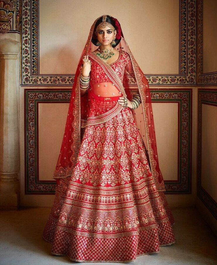Red Color Wedding Wear Embroidery Lehenga Choli For Bride