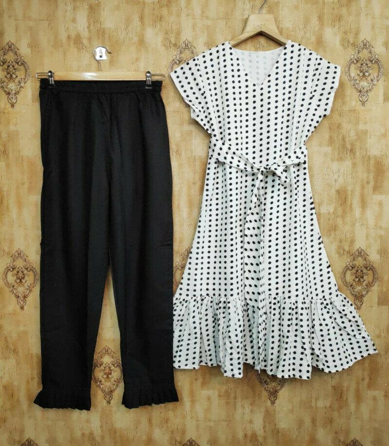 Stylist Black And White Western Wear
