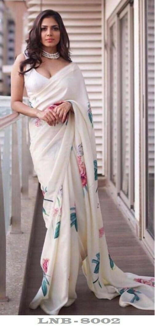 Trendy White Colored Partywear Japan Silk Floral Printed Saree