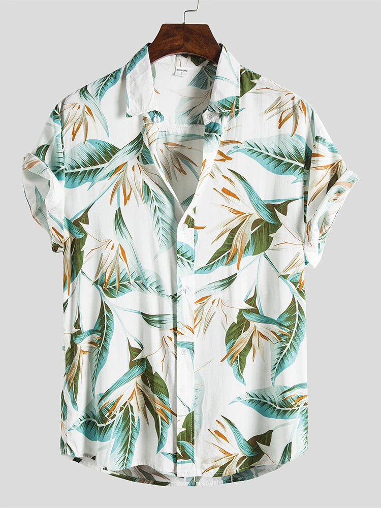 Mens White Trun Down Collared Floral Printed Short Sleeve Beach Look Shirt