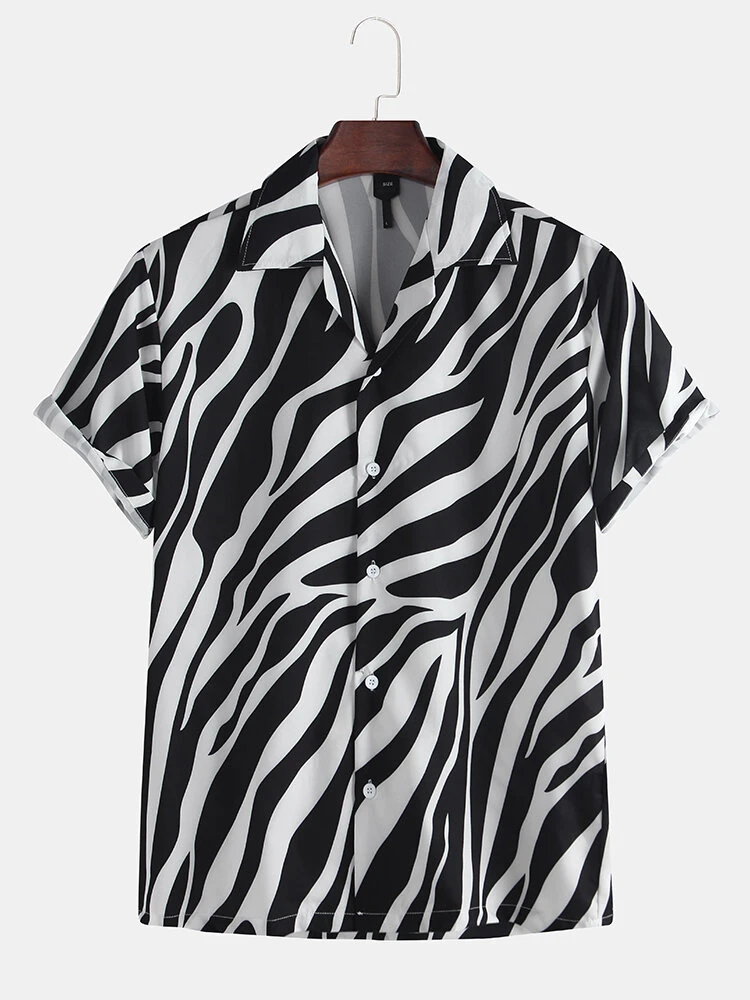 Black And White Fashion Stripe Printing Breathable Short Sleeve Casual Shirt For Men