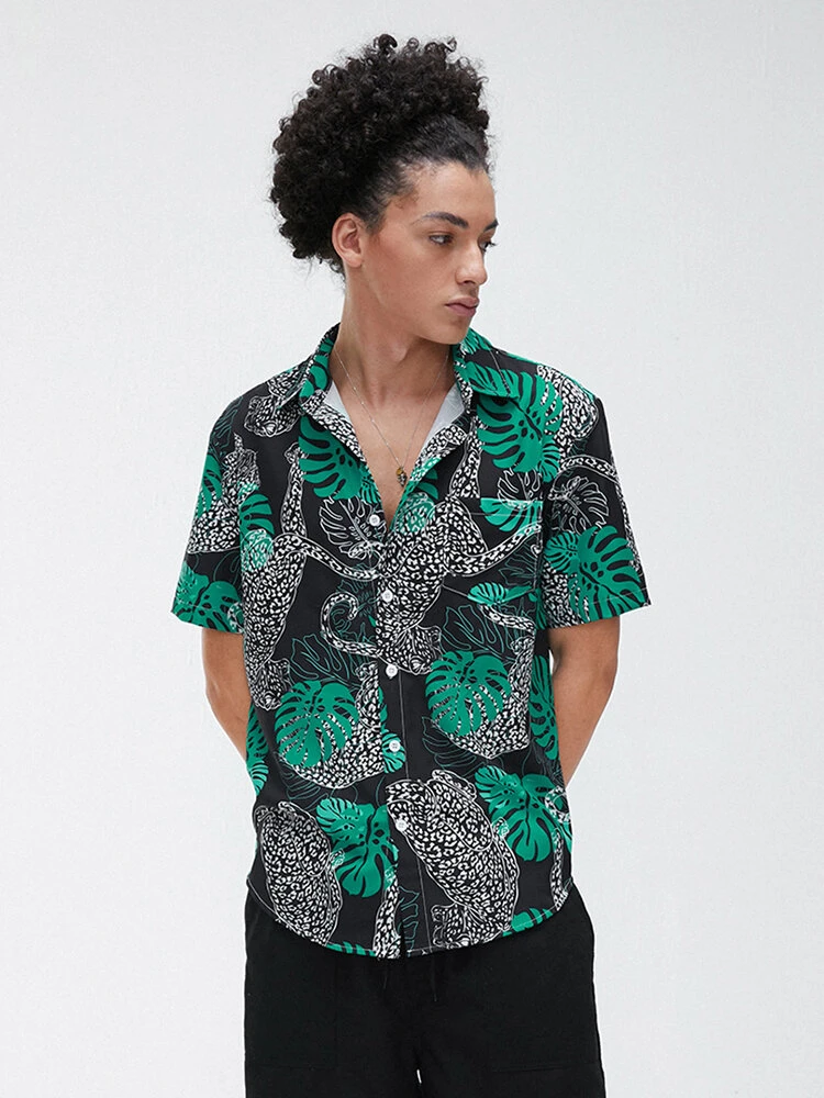 Green Leopard Leaf Printing Design Breathable Short Sleeve Casual Shirt For Men
