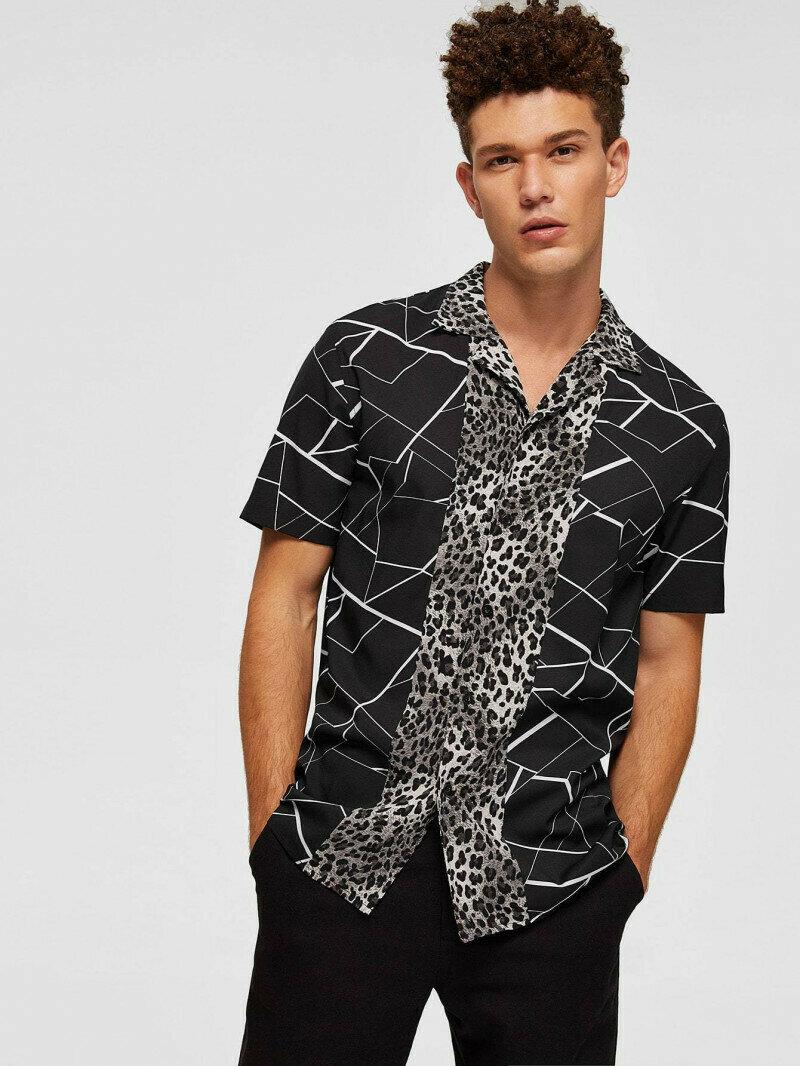 Men Leopard Panel Geo Shirt