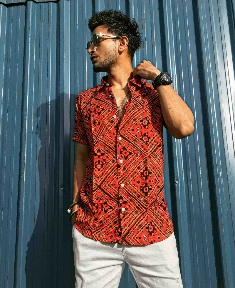 Get Attractive Orange Tile Printed Short Sleeve Shirt