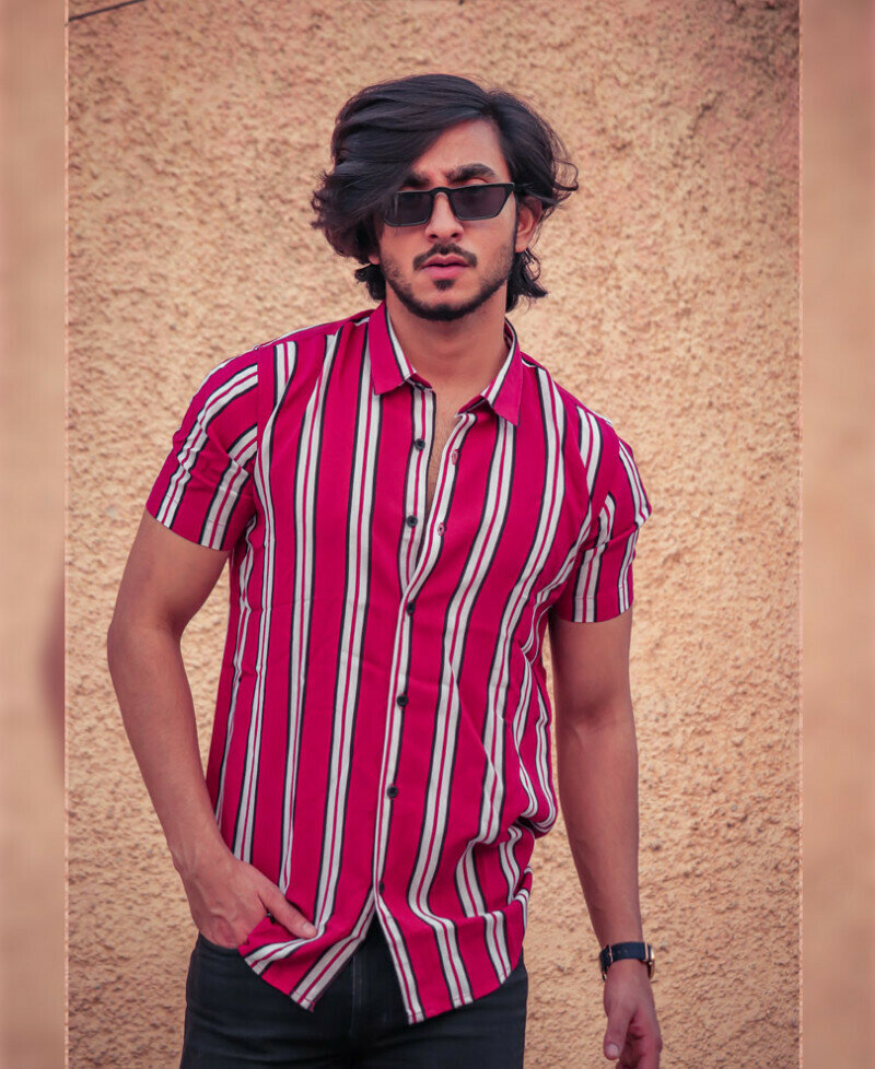 Red And White Vertical Stripes Short Sleeves Shirt