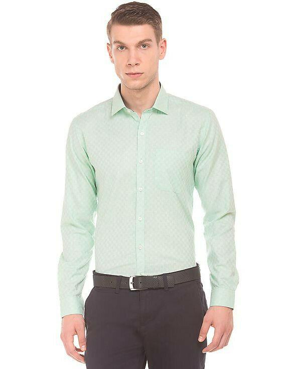 Looks Classy In Pista Color Plain Casual Wear Full Sleeve Shirt