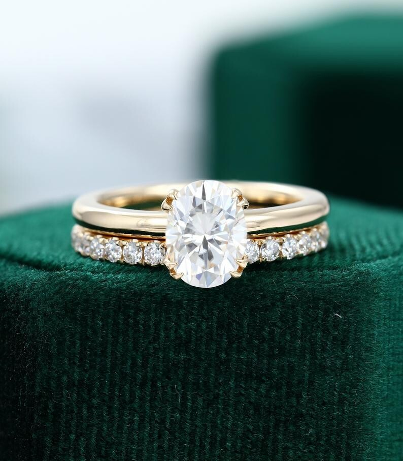 Unique yellow gold engagement ring set simple Oval Moissanite engagement ring minimalist Bridal ring Anniversary ring yellow gold ring