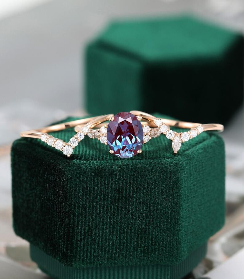 3PCS Oval shaped Alexandrite engagement ring set rose gold Unique Cluster engagement ring women vintage Marquise cut Anniversary gift