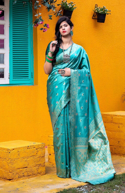 Marvellous Party Wear Green Weaving Silk Saree