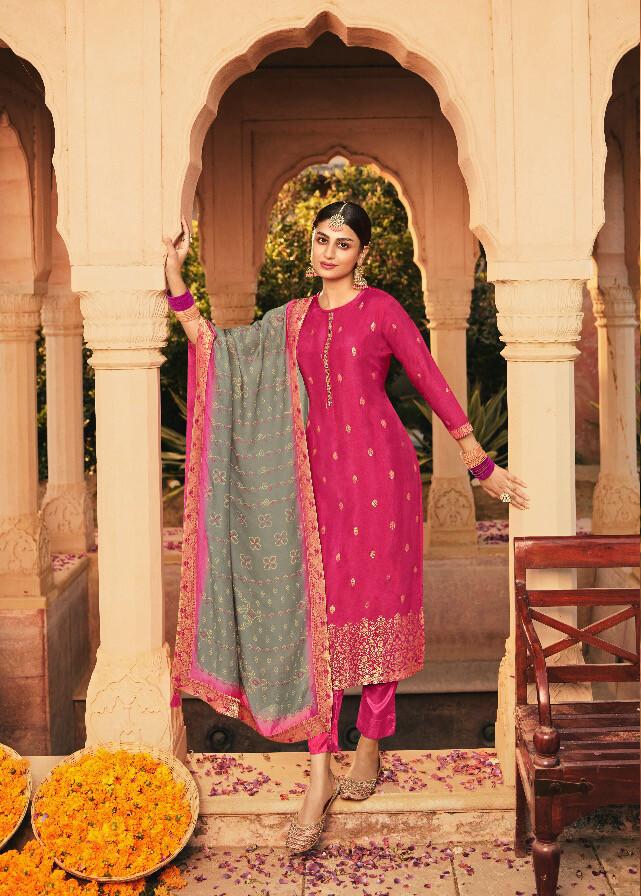 Dola Jacquard Pant Suit In Rani