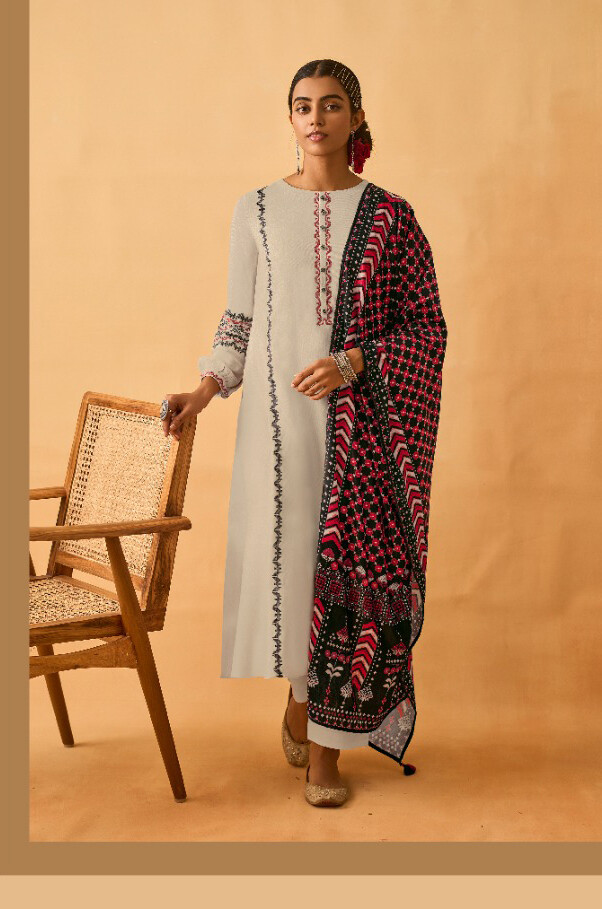Staple Twill Pashmina Plazzo Suit With Embroidered In White