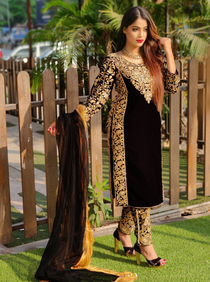Heavy Pakistani Suit With Embroidery Velvet In Black