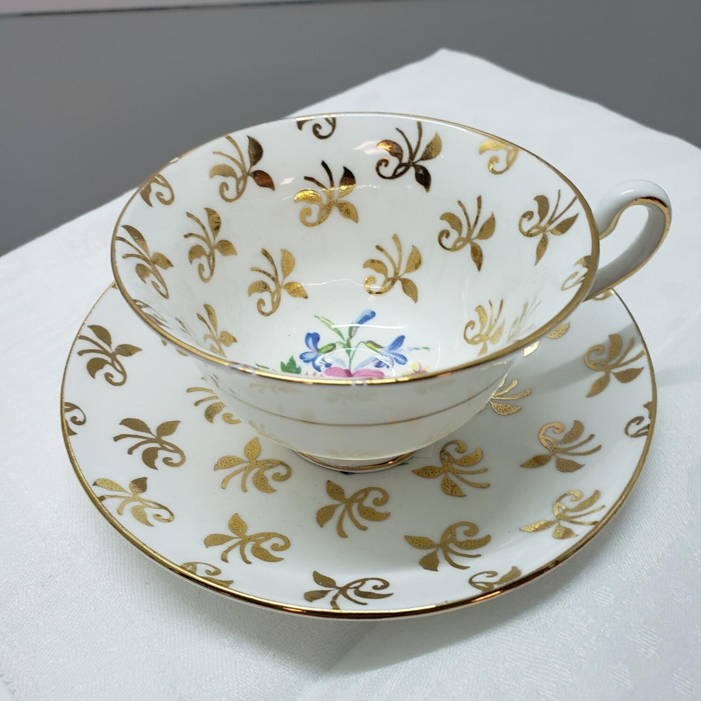 Clare tea cup & saucer