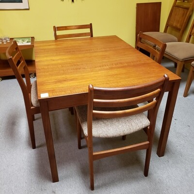 Mid Century Modern Teak Table with 18 inch leaf
