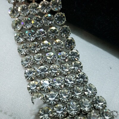 Stunning 5 row rhinestone bracelet with safety chain