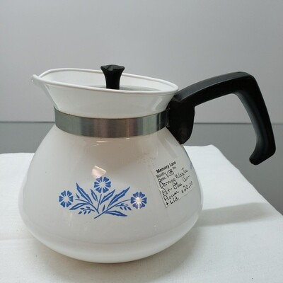 Corning ware Teapot with lid